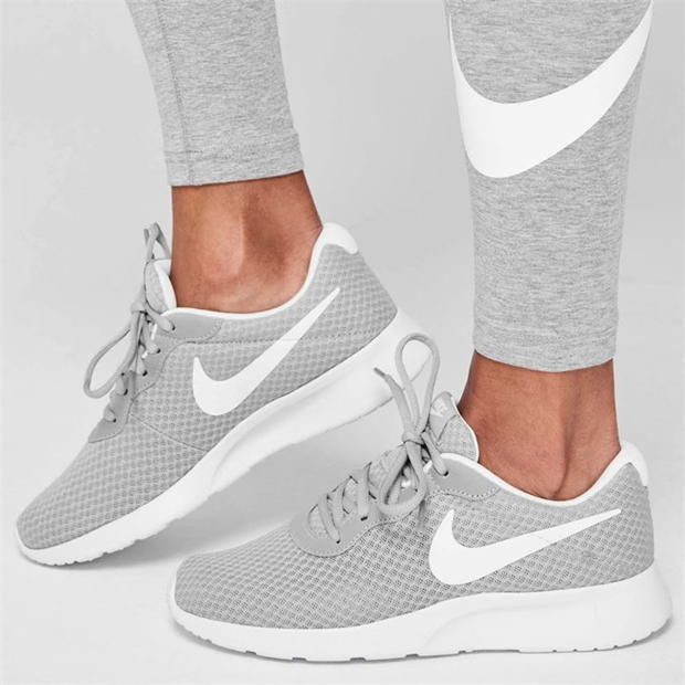 Nike Tanjun Trainers Ladies
